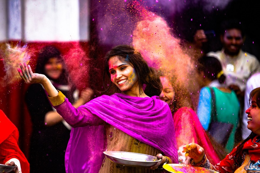 holi 2018 harmful effects of holi colors